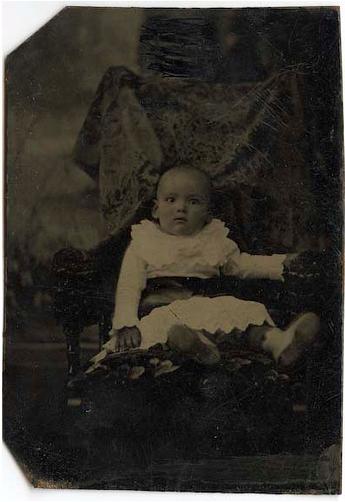 Hidden mother in unsettling Victorian photograph of children