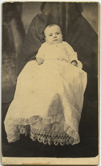 Hidden mother in unsettling Victorian photograph of children