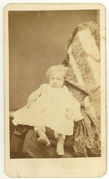 Hidden mother in unsettling Victorian photograph