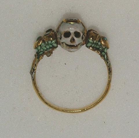 Two-faced memento mori ring, 17th century | The Museum of ... Victorian Memento Mori Jewellery